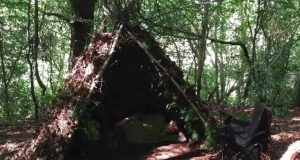 SURVIVAL-ONE-MAN-DEBRIS-SHELTER-1